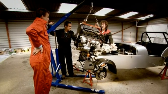 Top Gear 08-07: Caterham Seven Kit Car Race against The Stig